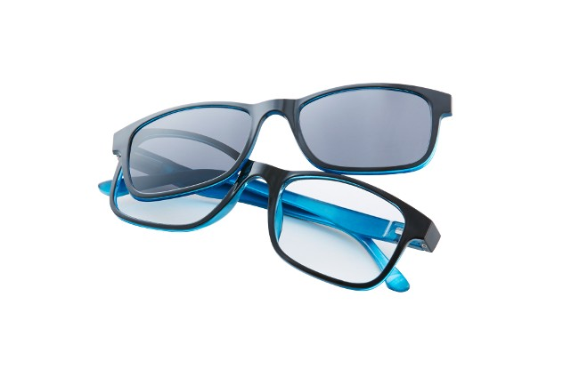 Type MG1 magnetic tint sun readers in black frame